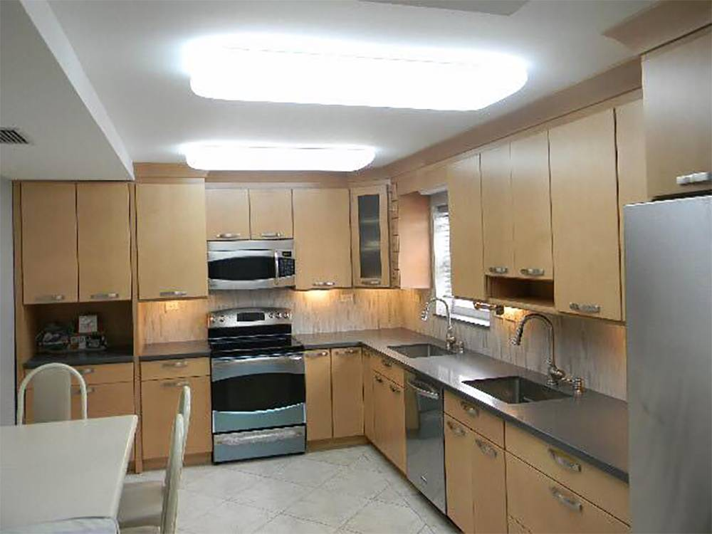 Kitchen remodel miami beach ediss remodeling company for Kitchen remodeling companies