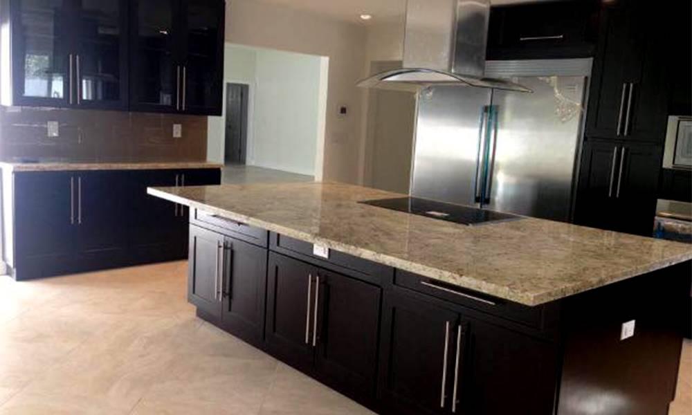 Kitchen remodel aventura ediss remodeling company for Kitchen remodeling company